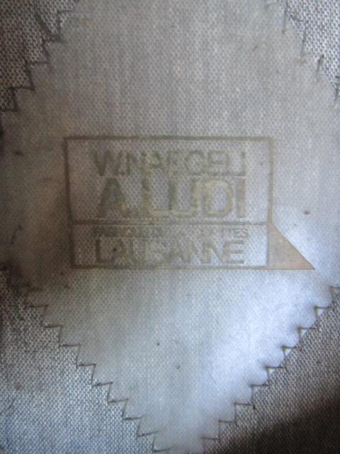 A identifier Képi SUISSE militaire Img_5713