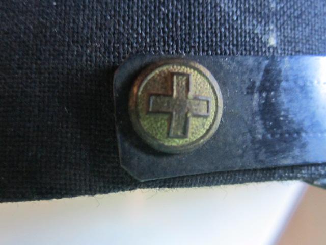 A identifier Képi SUISSE militaire Img_5716