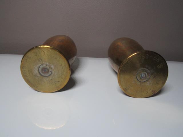 A IDENTIFIER 2 douilles d'obus transformés en verre ou gobelet Img_5910