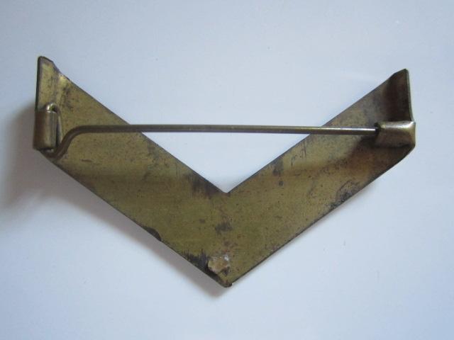 A identifier grade métallique INDOCHINE-ALGERIE LEGION ETRANGERE ARMEE DE L'AIR  Img_6325