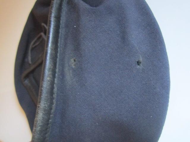 A IDENTIFIER béret 1977 sans insigne Img_6330
