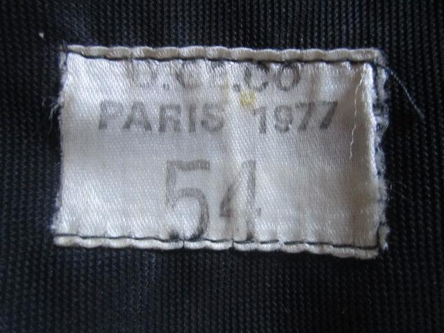 A IDENTIFIER béret 1977 sans insigne Img_6331