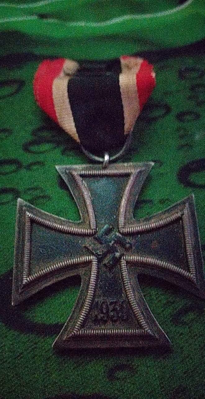 Croix de fer nazi  ?  Receiv10