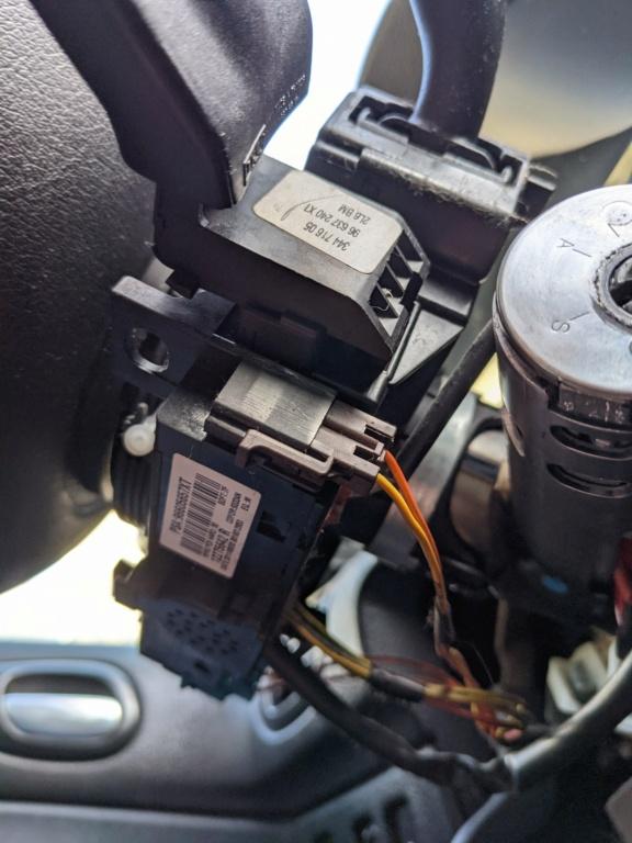 Démonter commande sous-volant Pxl_2010