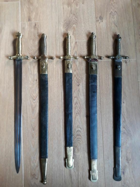 Les armes blanches du royaume de Sardaigne et de Savoie. - Page 4 112