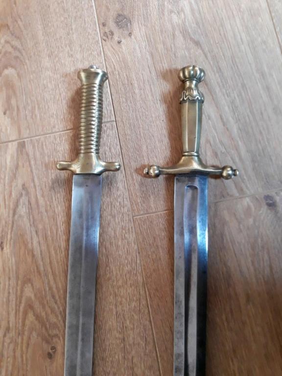 Les armes blanches du royaume de Sardaigne et de Savoie. - Page 4 1210