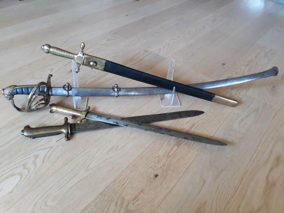 Les armes blanches du royaume de Sardaigne et de Savoie. - Page 5 1311