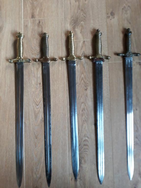 Les armes blanches du royaume de Sardaigne et de Savoie. - Page 4 511