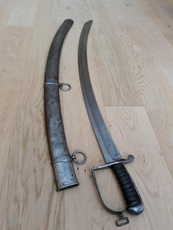 Identification sabre hussard....anglais?? Pm310