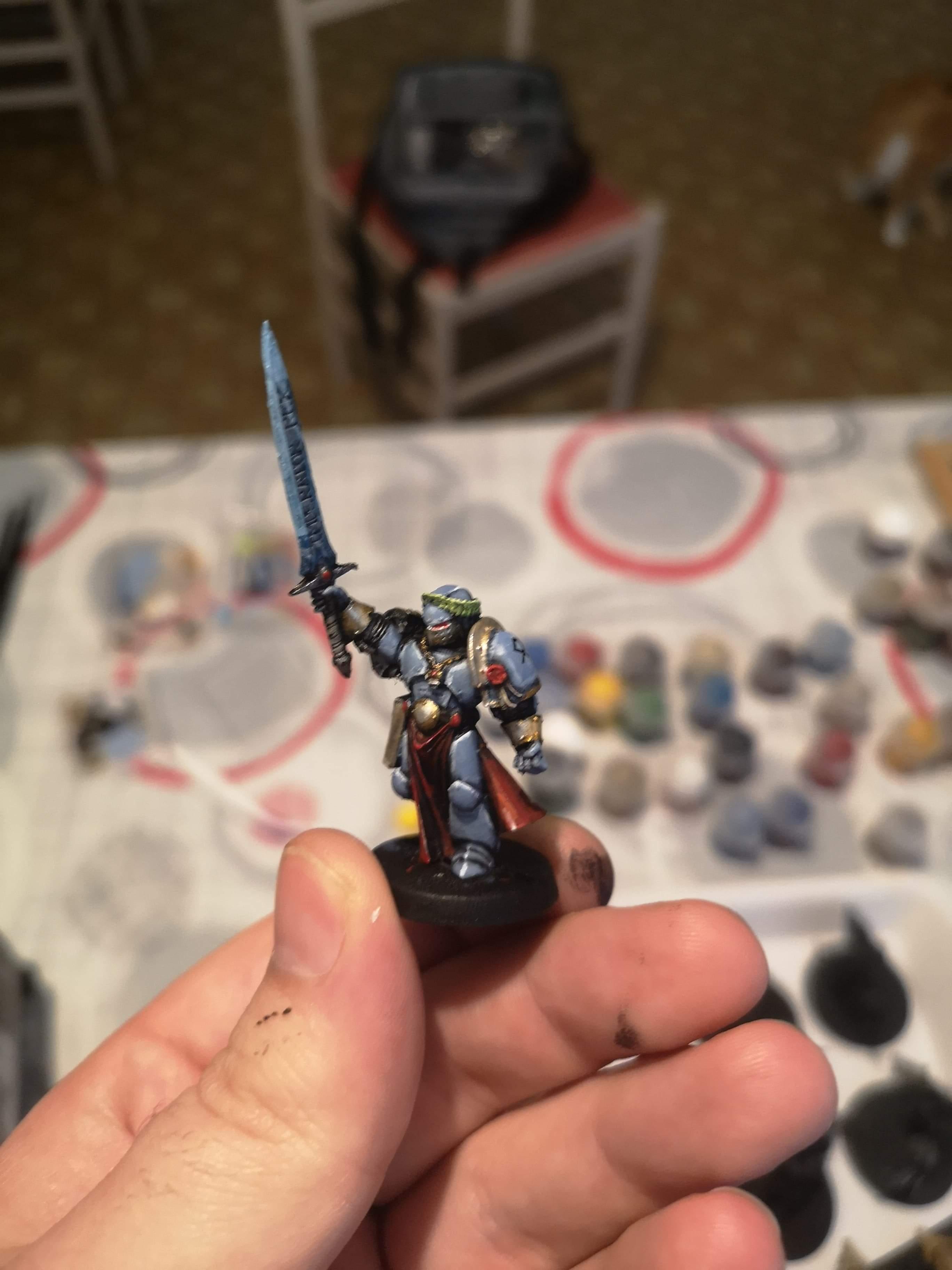 [Peinture] [Warhammer 40,000] Champion de l'empereur Space wolves  Receiv13