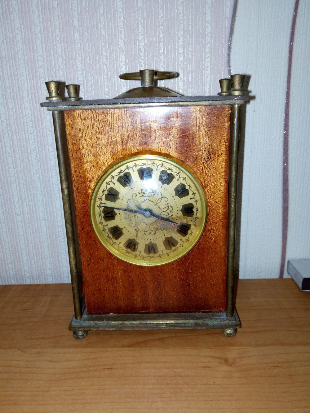 """Horloge de table """"Tank"""" de Molnija Molta210"""