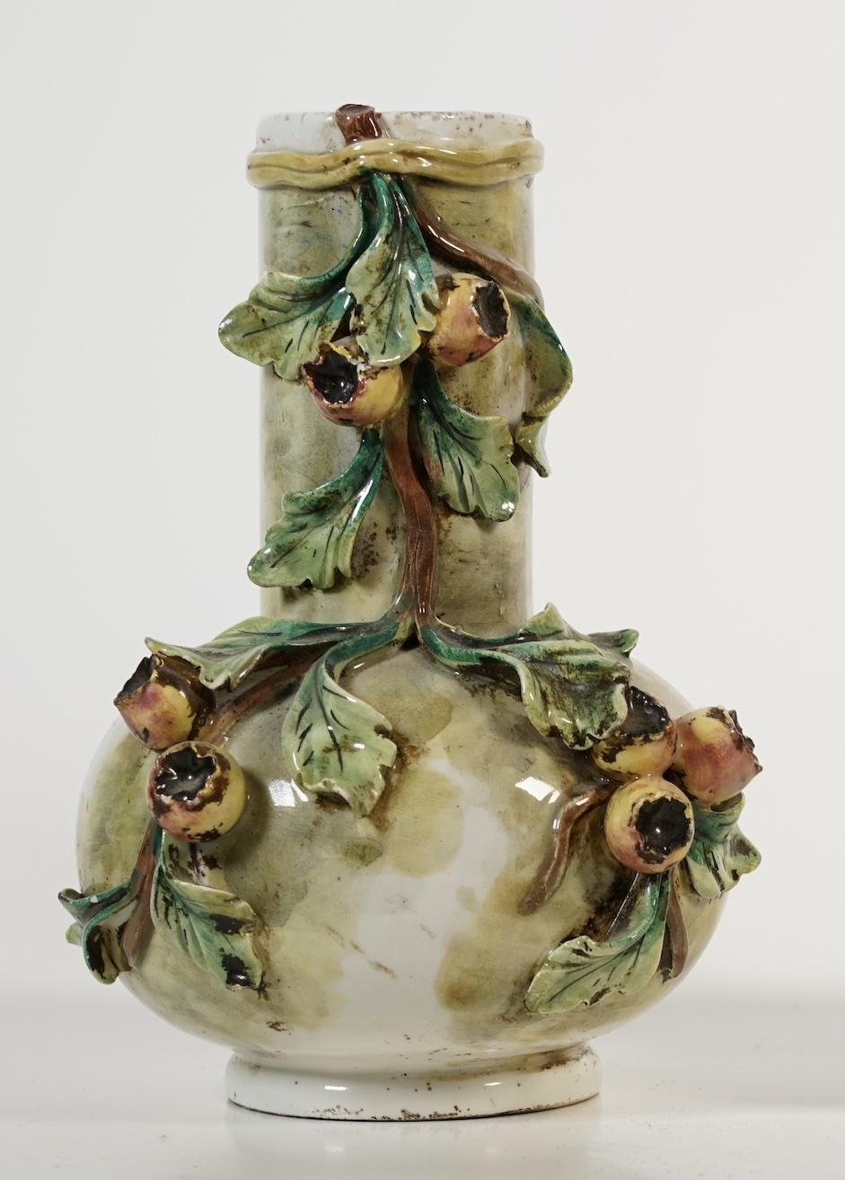 Italian Majolica vase? Screen15