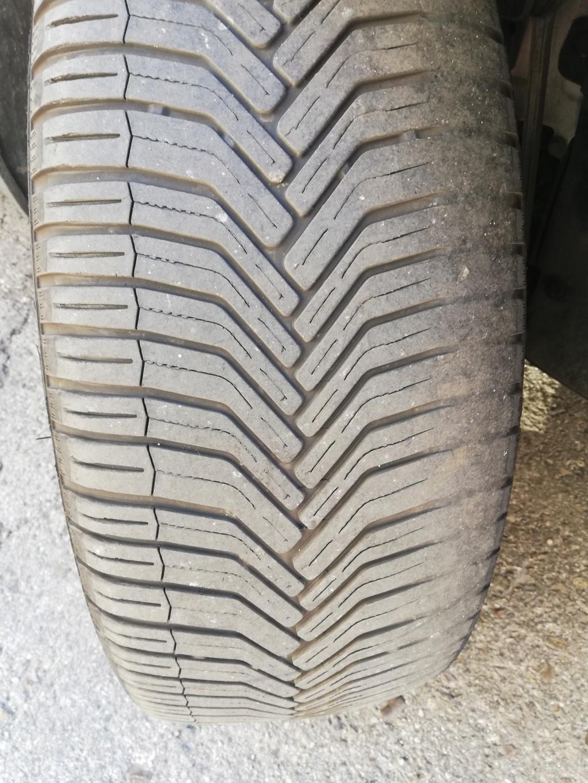Neumáticos delanteros desgastados en 13000 km por fallo de alineación del Servicio Oficial Img_2013