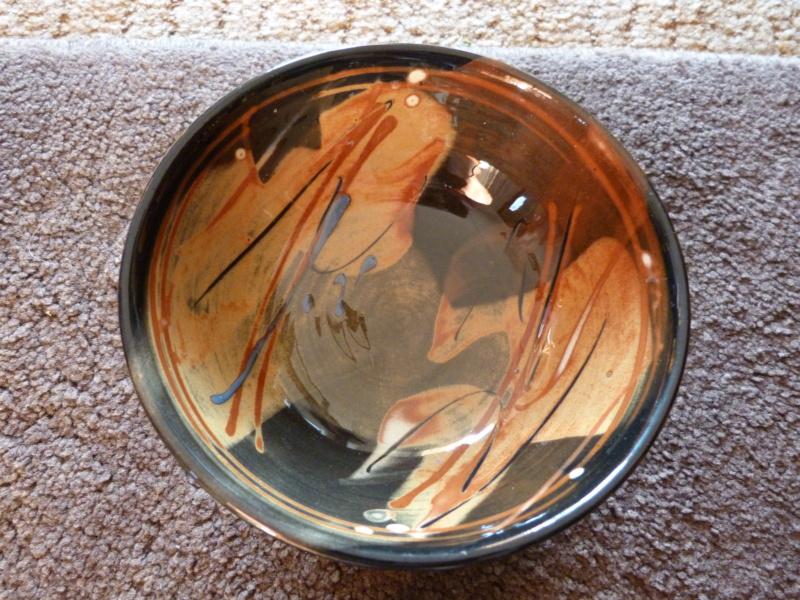 Studio slipware bowl, Francoise Dufayard P1130115