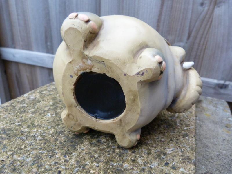 Wacky pottery elephant money box. Who made this please? P1130119