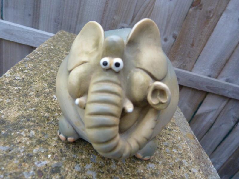 Wacky pottery elephant money box. Who made this please? P1130125
