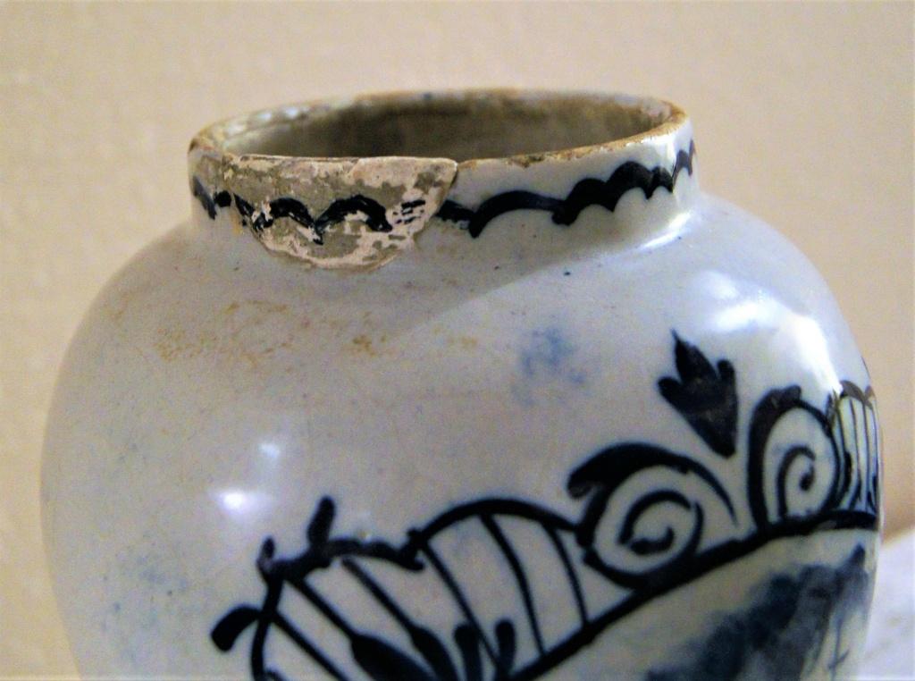 Delft or not ? Besoin d'identifier quelques pièces s.v.p. Dsc06412