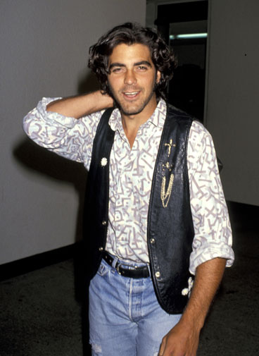 From geek to gorgeous!  George Clooney in pictures Geek_t17