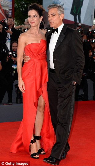 George Clooney and Sandra Bullock at the evening premiere of Gravity at Venice Film Festival - Page 2 Vff_cl34