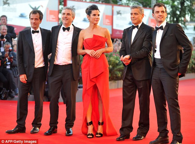 George Clooney and Sandra Bullock at the evening premiere of Gravity at Venice Film Festival - Page 2 Vff_cl36