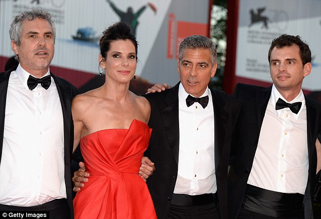 George Clooney and Sandra Bullock at the evening premiere of Gravity at Venice Film Festival - Page 2 Vff_cl37