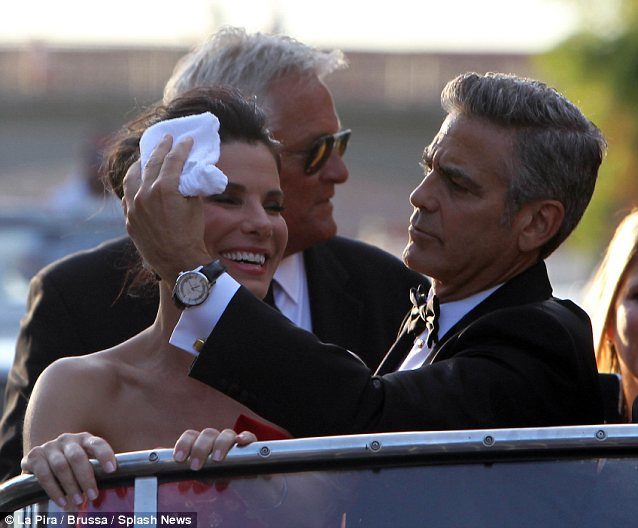 George Clooney and Sandra Bullock at the evening premiere of Gravity at Venice Film Festival - Page 2 Vff_cl42