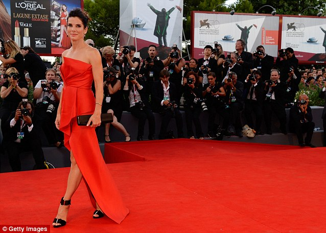 George Clooney and Sandra Bullock at the evening premiere of Gravity at Venice Film Festival - Page 2 Vff_sa13