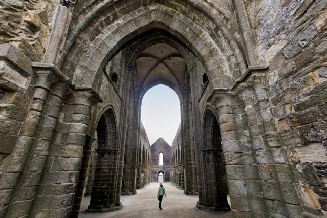 LA POINTE DE SAINT-MATHIEU (BRETAGNE) Abbaye10