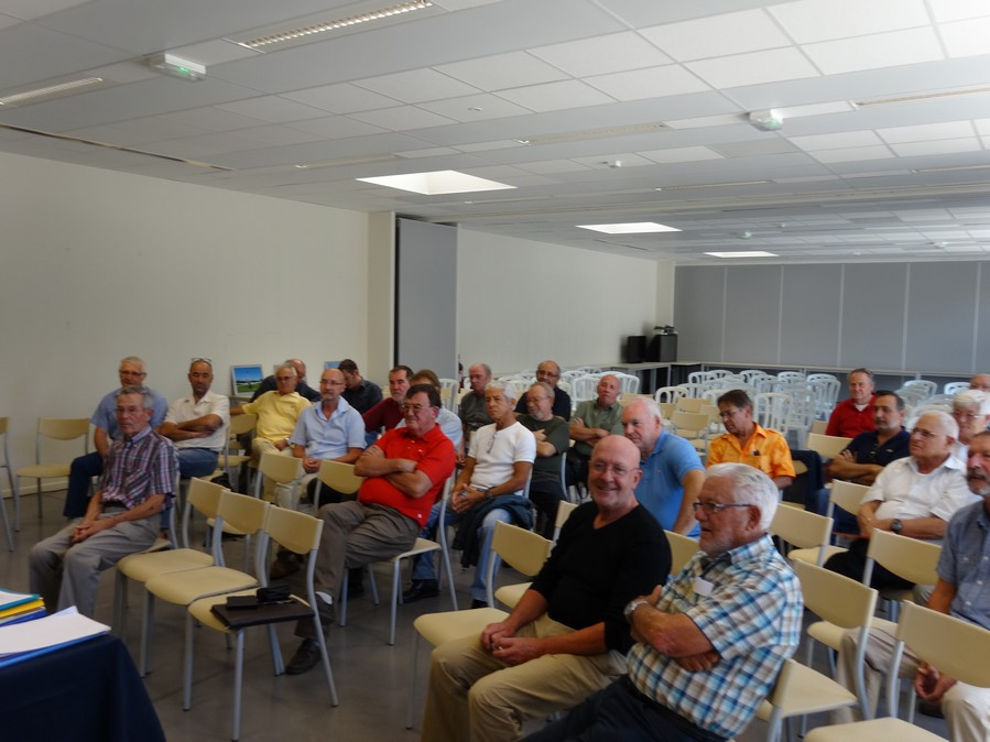 [Associations anciens marins] C.H.A.N.-Nîmes (Conservatoire Historique de l'Aéronavale-Nîmes) Dsc00216