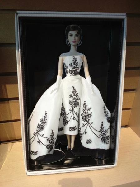 Audrey Hepburn Silkstone ?!? Audrey10