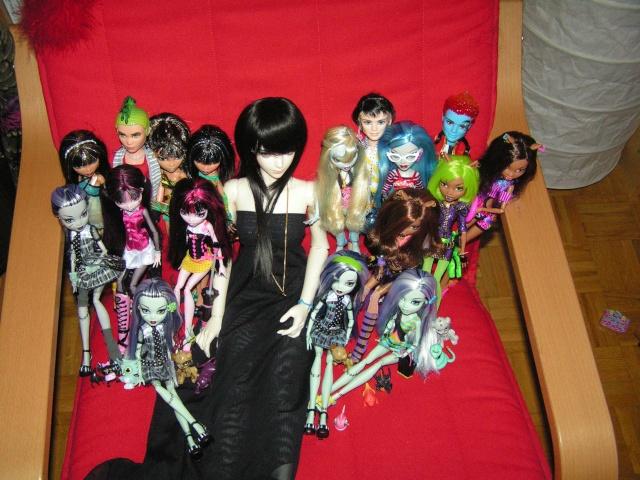 Mes Monster High --> La suite =) Pict4215