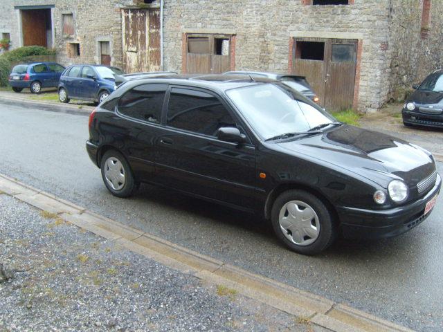 la premiere voiture de madame  S1031523