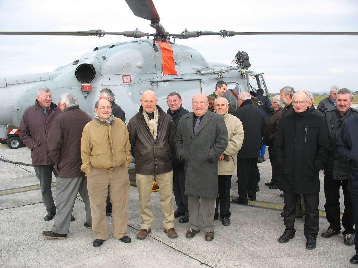 100 ème anniversaire de l'Aéronautique navale - Page 14 27011110