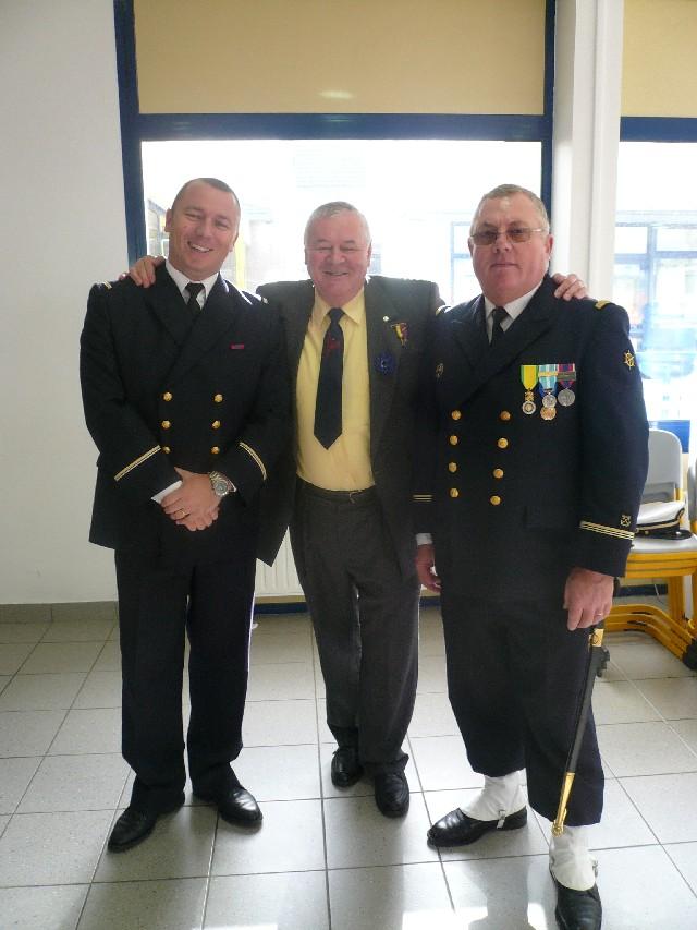 Arrivée de la flamme du souvenir à Quimper et transmission à Fouesnant 3518ol10