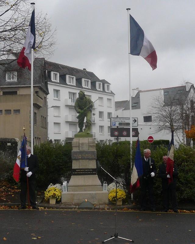 Arrivée de la flamme du souvenir à Quimper et transmission à Fouesnant 4_flam10