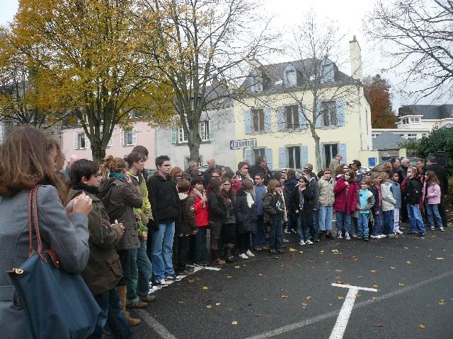 Arrivée de la flamme du souvenir à Quimper et transmission à Fouesnant 5_les_10