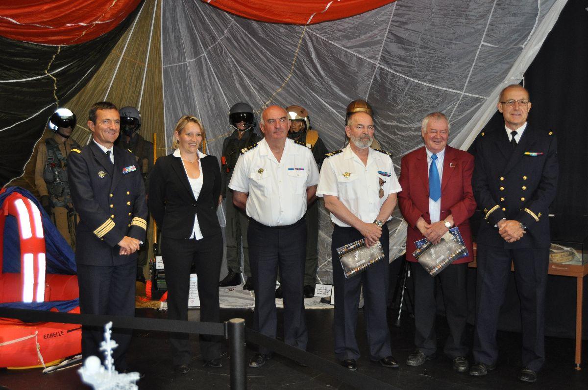 100 ème anniversaire de l'Aéronautique navale - Page 14 Cv_cam12