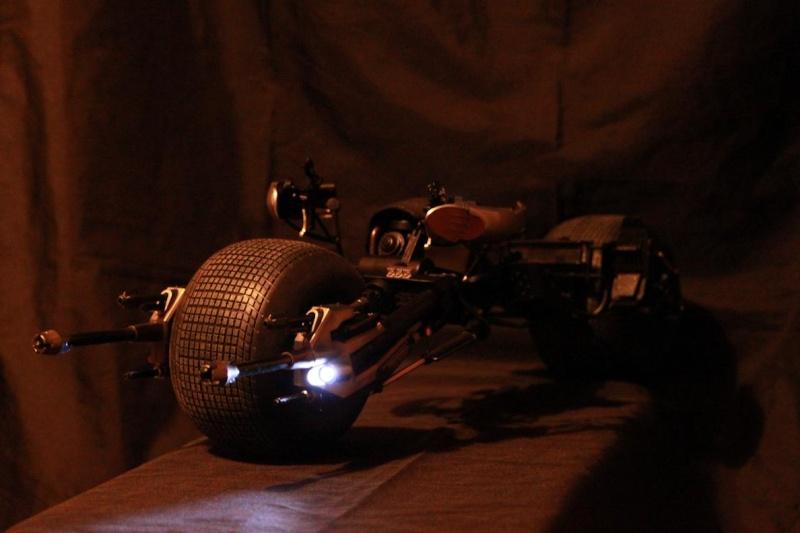 """La collection Hot Toys """" TDKR """" de Darth Vader Img_3812"""