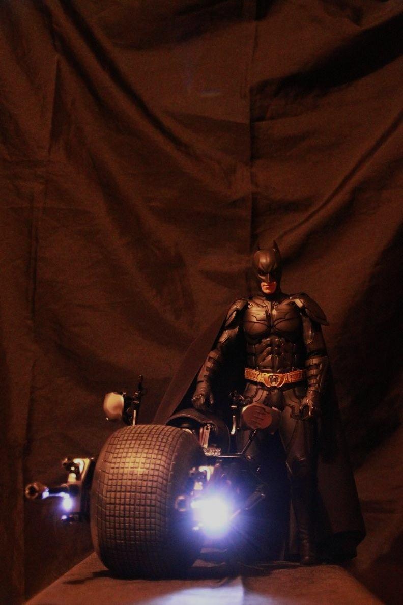 """La collection Hot Toys """" TDKR """" de Darth Vader Img_3814"""