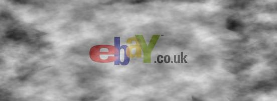 Deux colocataires londoniens mettent un miroir hanté aux enchères sur eBay Mirroi10