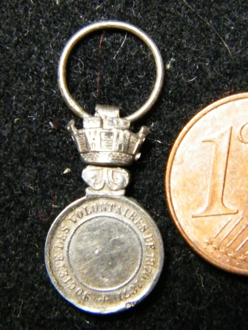 medailles société des volontaires Travai49