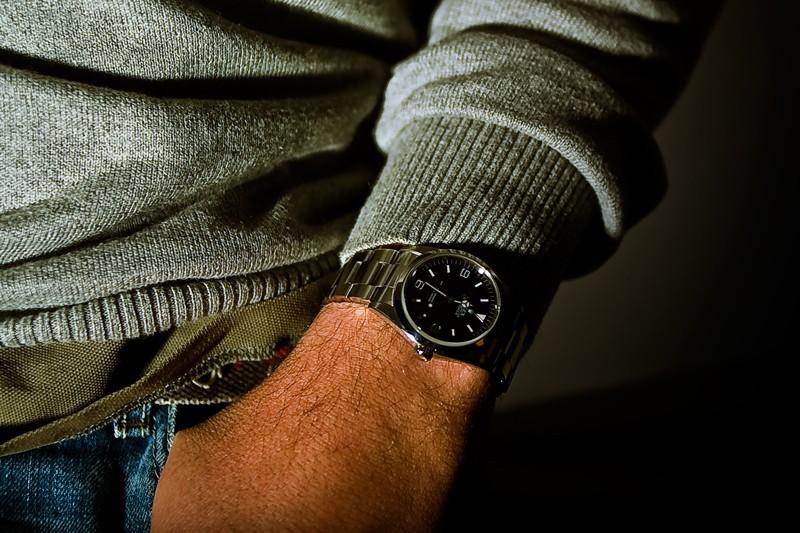 Je porte aussi une montre lorsqu'il n'est pas Vendredi !!! Explo_10