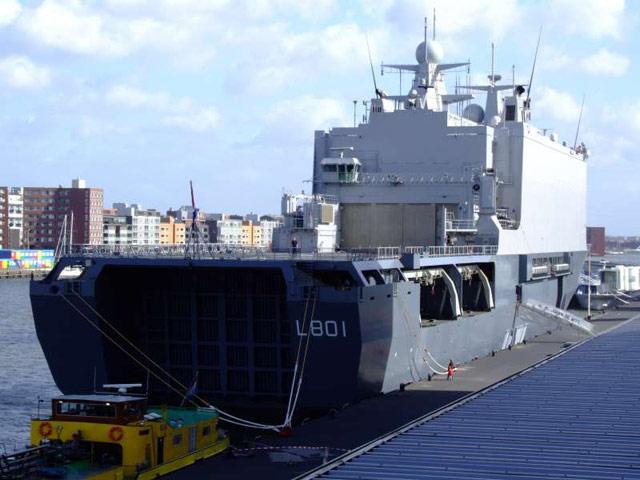 Amfibische transportschepen - Landing Platform Dock 37301410