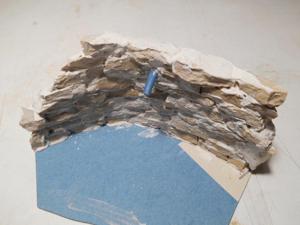 Re: Il était une fois... une maison - Tout scratch - Réalisation sans plan ni cotes au 1/32e R40-fo54