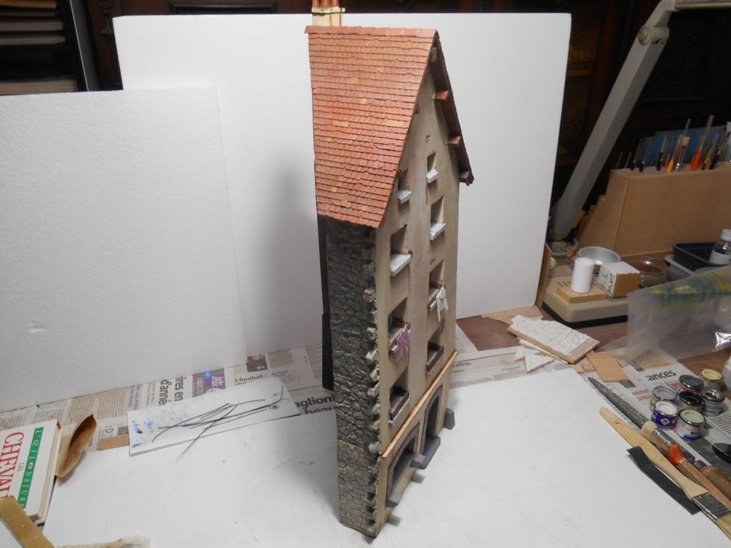 Re: Il était une fois... une maison - Tout scratch - Réalisation sans plan ni cotes au 1/32e R40-ma14