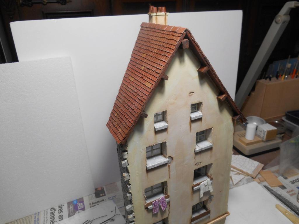 Il était une fois... une maison  -  Tout scratch  - Réalisation sans plan ni cotes au 1/32e R40-ma15