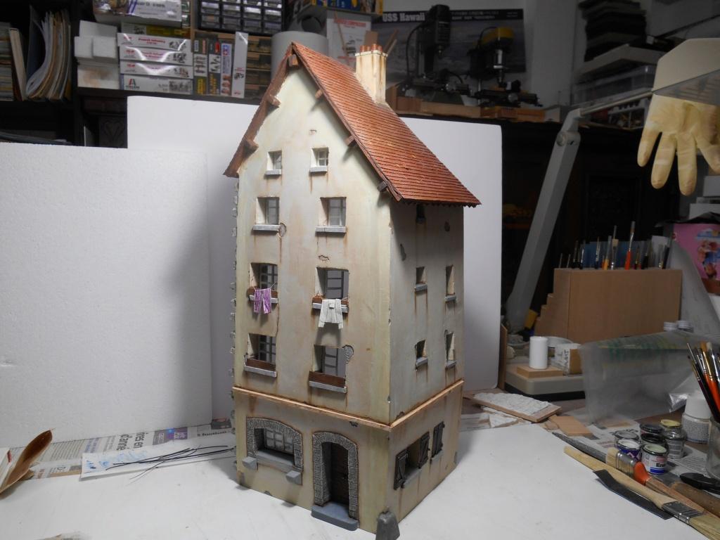 Il était une fois... une maison  -  Tout scratch  - Réalisation sans plan ni cotes au 1/32e R40-ma17
