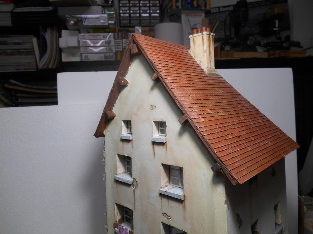 Il était une fois... une maison  -  Tout scratch  - Réalisation sans plan ni cotes au 1/32e R40-ma18