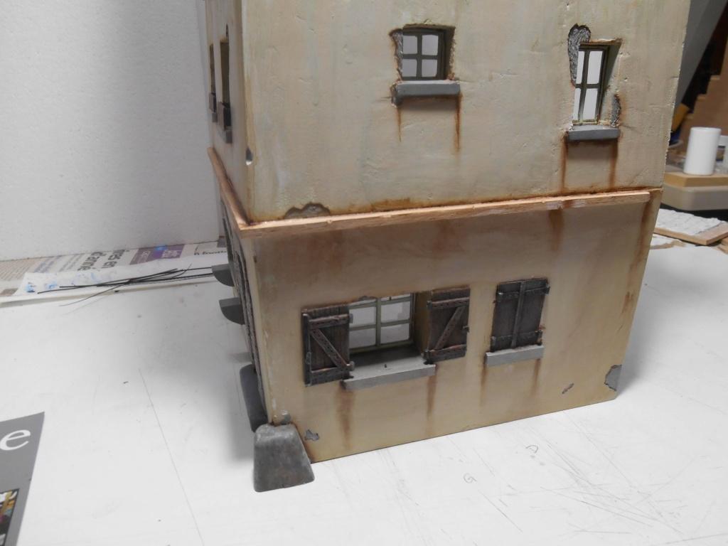 Re: Il était une fois... une maison - Tout scratch - Réalisation sans plan ni cotes au 1/32e R40-ma21