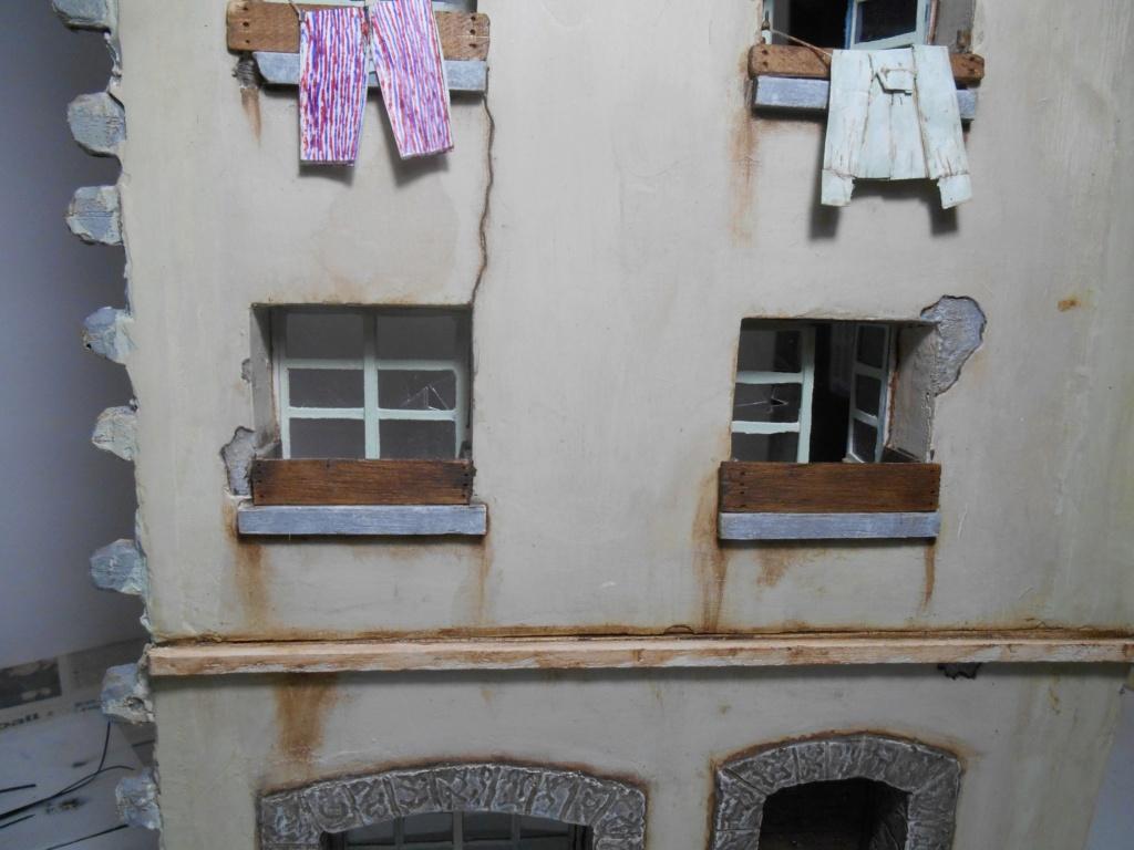 Re: Il était une fois... une maison - Tout scratch - Réalisation sans plan ni cotes au 1/32e R40-ma23